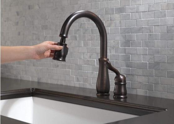 Delta Leland Single-Handle Kitchen Sink Faucet